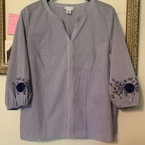 Liz Claiborne 3/4 Sleeve Embroidered Top XL